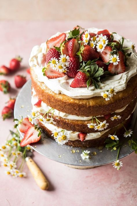 – Half Baked Harvest Informations About Strawberry Chamomile Naked Cake. Pin You can easily use my Food Cakes, Cup Cakes, Pretty Cakes, Beautiful Cakes, Beautiful Desserts, Bolos Naked Cake, Nake Cake, Cake Recipes, Dessert Recipes