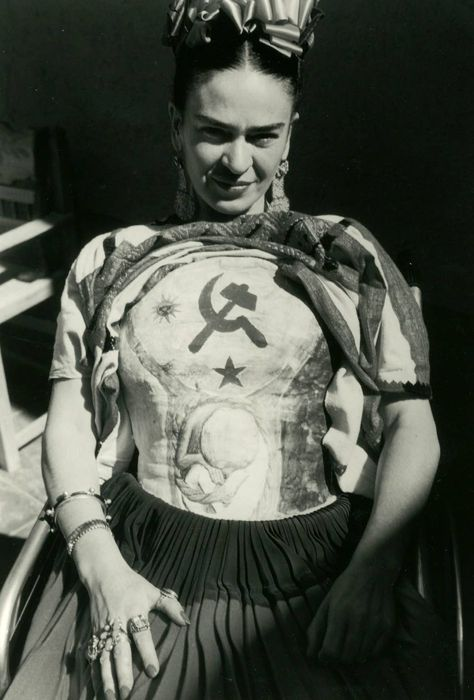 """""""Her beliefs and lifestyle remain relevant today for her unapologetic freedom of expression. Edward Weston, Diego Rivera, Ansel Adams, Frida E Diego, Frida Kahlo Exhibit, Frida Kahlo Portraits, Tina Modotti, Body Cast, Aztec Warrior"""