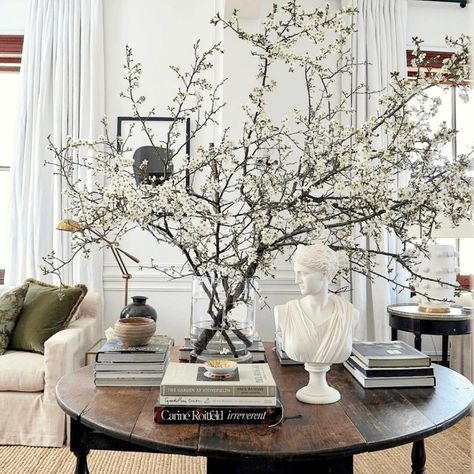 Decor, Interior, Table Style, Luxury Homes Interior, Living Room Decor, Cheap Home Decor, Home Decor, House Interior, Home And Living