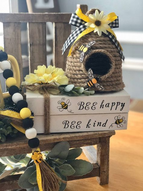 Dollar Tree Decor, Dollar Tree Crafts, Diy Home Crafts, Decor Crafts, Rope Crafts, Bee Skep, Bee Hives, Bee Party, Bee Theme