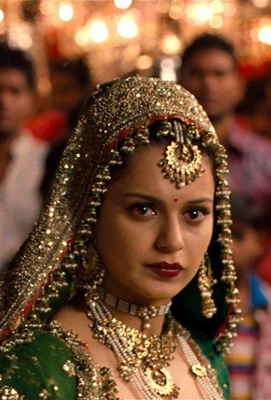In Tanu Weds Manu 2011 Beautiful Indian Brides Traditional Wedding Jewellery Indian Bride