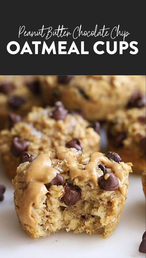 The oatmeal cup of all oatmeal cups is here You must make these peanut butter chocolate chip baked oatmeal cups for a healthy breakfast idea all week long oatmeal oatmealcups bakedoatmeal glutenfree mealprep Healthy Sweets, Healthy Dessert Recipes, Healthy Baking, Gourmet Recipes, Baking Recipes, Cookie Recipes, Breakfast Recipes, Baby Recipes, Breakfast Ideas