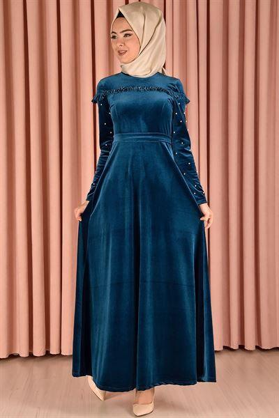 En Guzel Modamerve Tesettur Kadife Elbise Modelleri Moda Tesettur Giyim Elbise Modelleri Elbise Moda Stilleri