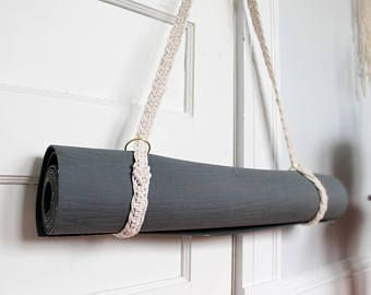 Tutorial For Macrame Yoga Mat Strap Diy Pattern Etsy In 2020 Yoga Mat Strap Yoga Mat Sling Diy Pattern