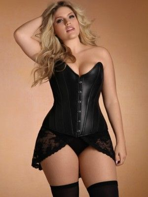 lingerie lisas leather