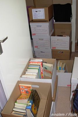 How To Pack Books In 7 Simple Steps Packing To Move