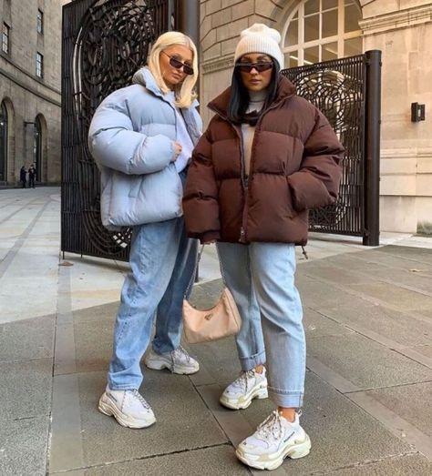 Puffy short jackets street styling ideas