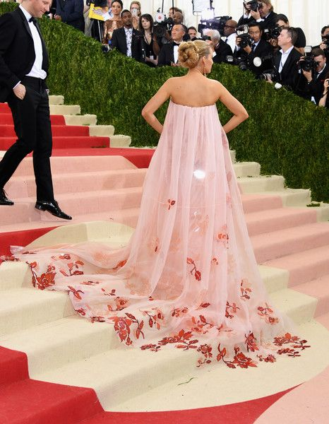 Blake Lively in Burberry, 2016 - The Most Daring Met Gala Dresses - Photos