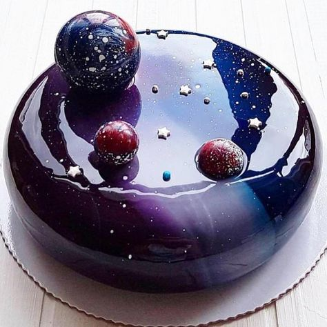 "Lise Ode - Mom Loves Baking on Instagram: ""How amazing is this cake from @pastry_academy_of_czech 🍰🍰🍰 ------------------------------ Follow 👉 @momlovesbaking Follow👉 #momlovesbaking…"""