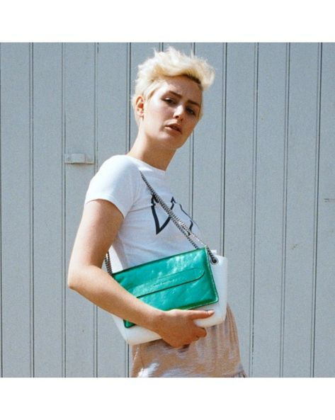 CHAIN SHOULDER BAG - VILLA CLARA WHITE SMITH  7be7fd4cf2a50