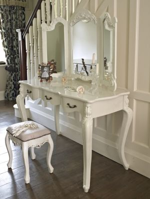 'Firth range' Large Ivory dressing table and triple rose mirror