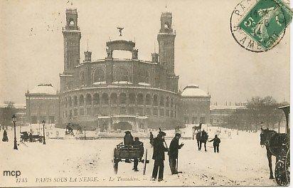 Paris Sous La Neige Vers 1900 Carte Postale De L Ancien Trocadero Paris Sous La Neige Vieux Paris Tour Eiffel