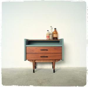 Meuble D Appoint Vintage Scandinave En Teck Revisite Decoration Vintage Deco Vintage Mobilier