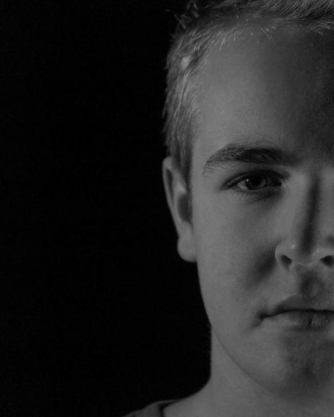 fotografie Half of my face @ @ @...