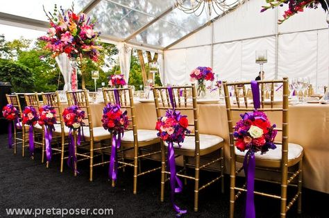 This would be pretty for a Red Hat garden party...