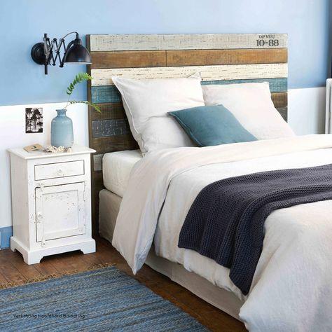 Tête de lit en bois flotté, massif ou DIY : habillez subtilement votre chambre