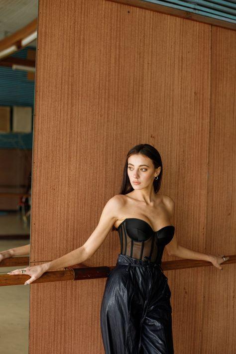 Waist Training Corset, Underbust Corset, Lace Corset, Corset Tops, Corset Outfit, Corset Dresses, Prom Dresses, Black Corset Top, Outfit