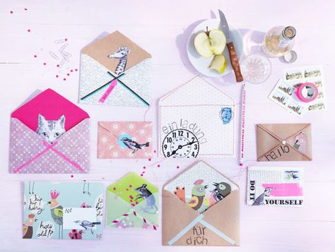 Deko-Werkstatt: Briefumschläge selber machen. Konturen von bestehendem Briefumschlag nehmen. Innenfutter ohne untere und seitl. Ecken.