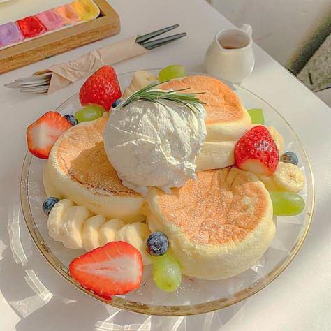 Cute Desserts, Dessert Recipes, Good Food, Yummy Food, Think Food, Food Goals, Cafe Food, Aesthetic Food, Food Cravings