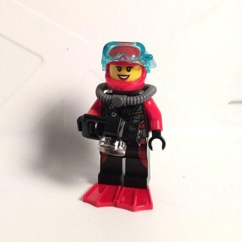 LEGO City 60095 Scuba Diver Female camera flippers minifigure NEW 60092 60091