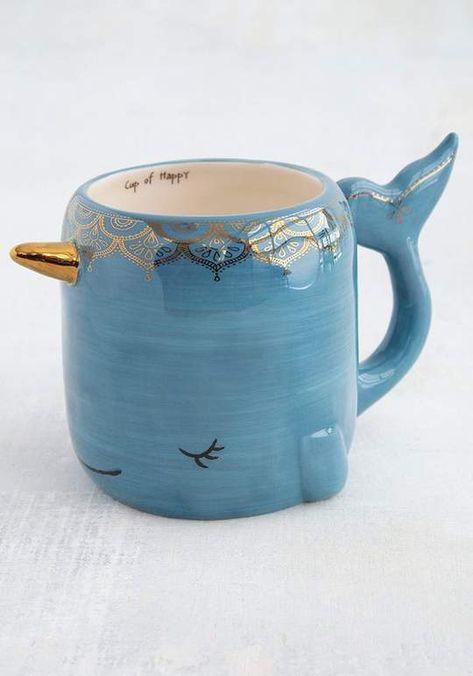 Cute Coffee Mugs, Cool Mugs, Coffee Cups, Tea Cups, Cappuccino Cups, Funny Coffee, Coffee Time, Mugs Sharpie, Stars Disney