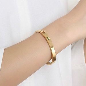 Women Cuff Nail 18k Yellow Gold Over Simple Style Elegant Bracelet /& Bangle