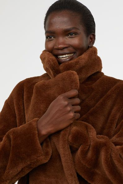 obesegrad x köp populärt bästa webbplats Kappa i fuskpäls | H&m, Kappa, Fashion