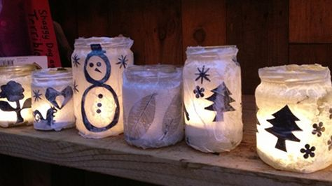 Christmas-jar-lanterns.-pic-Dalston-Eastern-Curve-Garden.jpg 480×270 píxeles