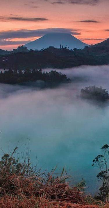 Vor Dem Kraton Befindet Sich Ein Grosser Dorfplatz Der Alun Alun Utara Dorfplatz Im Norden Dort Finden Regelmassig Volksf Reiseideen Yogyakarta Ausflugsziele
