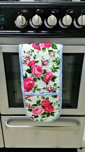 Oven glove tutorial sewing bee fabrics flower how to make DIY potholder