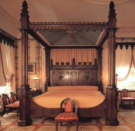 Love this Gothic four post bed!!