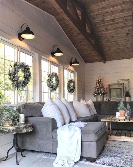 Gorgeous 60 Comfy Farmhouse Living Room Designs To Stealhttps://oneonroom.com/60-comfy-farmhouse-liv