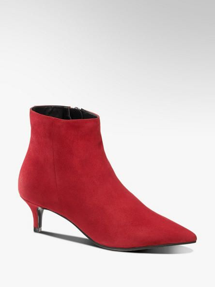 Red suede ankle boots. FW Trends 20182019 | Schuhe damen