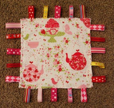 Baby Ribbon Tag Blanket Tutorial