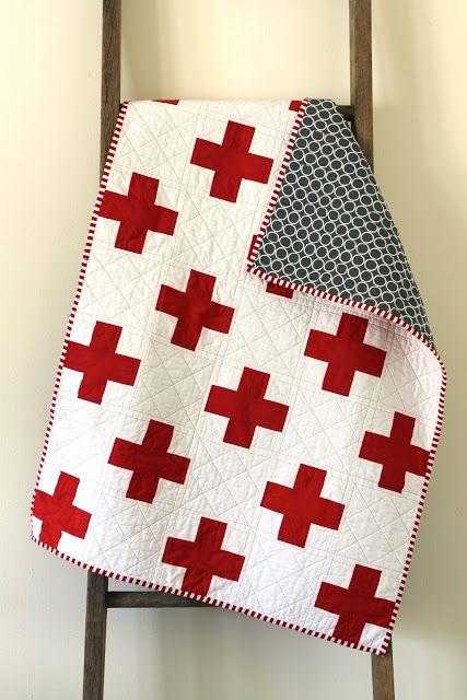 La croix de St George.  {A} Quilt bébé Fait par Erica Sage de Craftyblossom