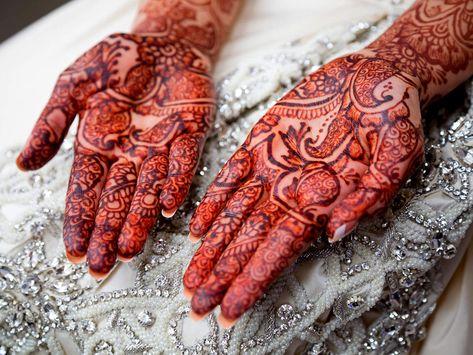 Dark Mehndi Tips: 6 Natural Ways to Make your Mehendi Darker