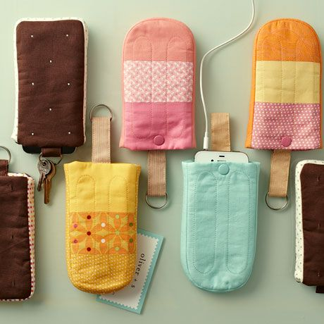 Keep Your Cool Smartphone Case - free #diy #tutorial to make your own mini #quilt project, a sleeve for your #smartphone shaped like your favorite chilly treat.