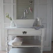 Ideal Badm bel Landhaus Vintage M bel For the Home Pinterest White rooms Shabby and Room