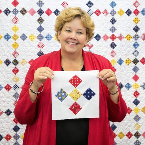 Sewing Quilts Nine Patch tutorial on point from MSQC/Jenny Doan using Gingham Girls fabric - Missouri Quilt Tutorials, Quilting Tutorials, Quilting Projects, Quilting Designs, Msqc Tutorials, Star Quilts, Easy Quilts, Mini Quilts, 9 Patch Quilt