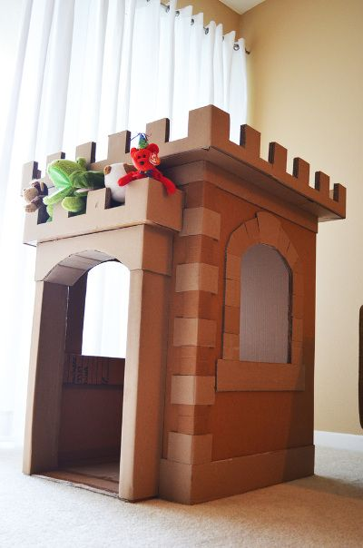cardboard-castle-for-kids-room - Fun with kids - Origami Cardboard Playhouse, Cardboard Castle, Cardboard Crafts, Castle Playhouse, Cardboard Houses For Kids, Projects For Kids, Diy For Kids, Crafts For Kids, Diy Projects