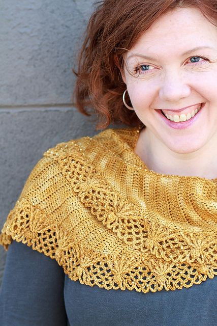 Ravelry: Sugar Sparkles Shawlette pattern by Linda Permann..675 seed beads used to embellish