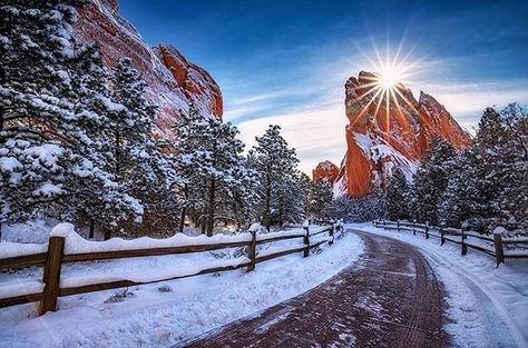 Awesome Snow Day In Garden Of The Gods Coloradogram