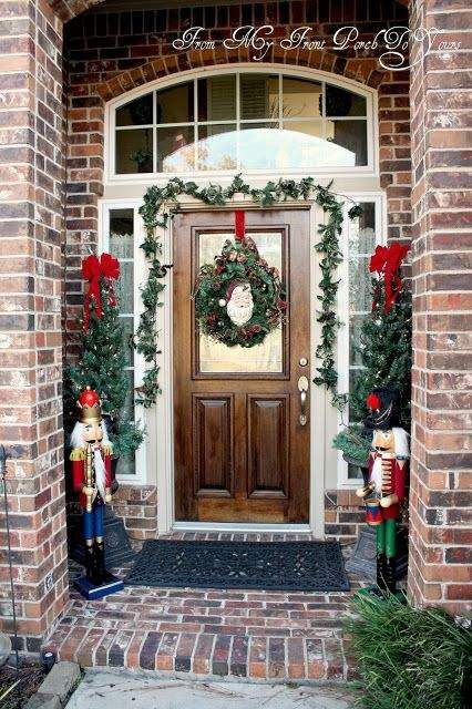 100 Christmas Front Porch Decorating Ideas To Make Your Home Look Like Christmas Movie Christmas Front Doors Merry Christmas Decoration Front Porch Decorating