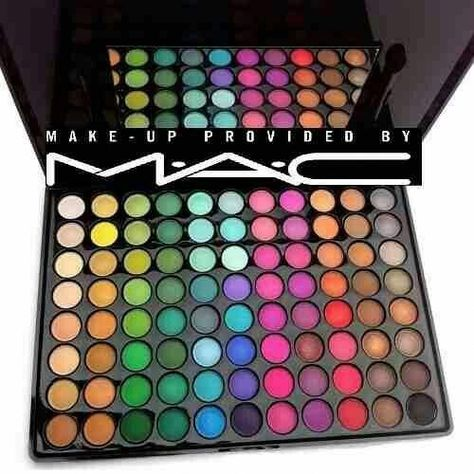 paleta de sombras mac 88 colores maquillaje mate y brillante palette of shadows mac 88 colors matte and glossy makeup Smokey Eye Makeup, Eyeshadow Makeup, Makeup Cosmetics, Pink Eyeshadow, Eyeshadow Palette, Eyeshadow Ideas, Mac Palette, Maybelline Eyeshadow, Morphe Palette