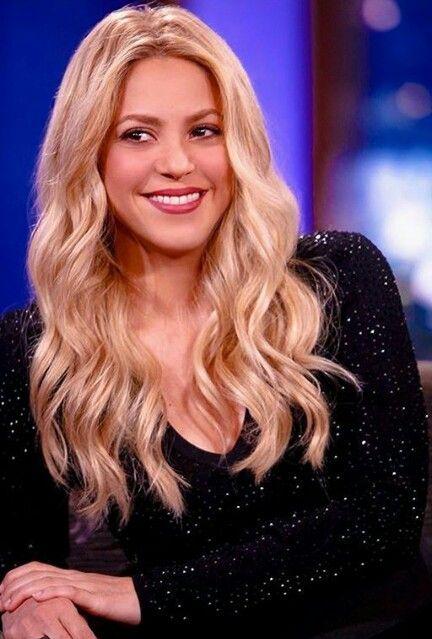 Pin By Farah Hakam On Shakira Shakira Celebs Beauty