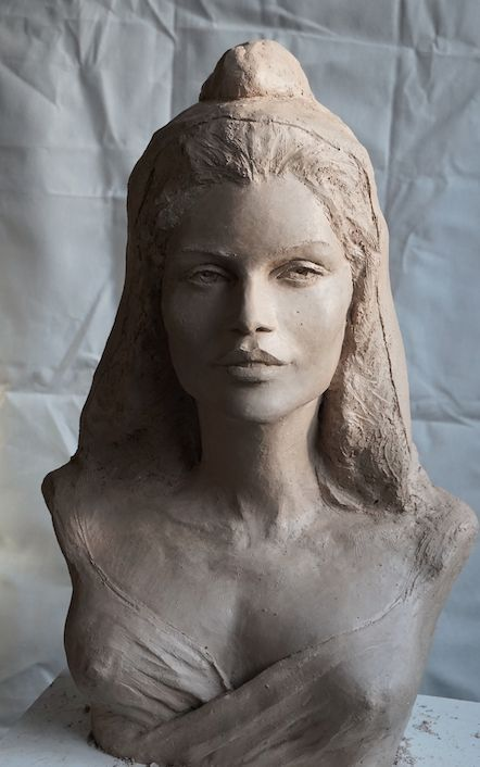 Marianne in clay