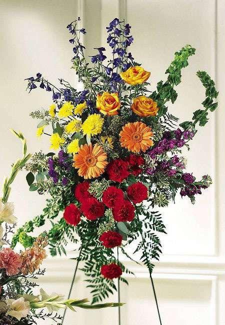 Ftd S11 3444 Fond Farewell Standing Spray Kremp Com Funeral Flower Arrangements Funeral Flowers Funeral Floral Arrangements