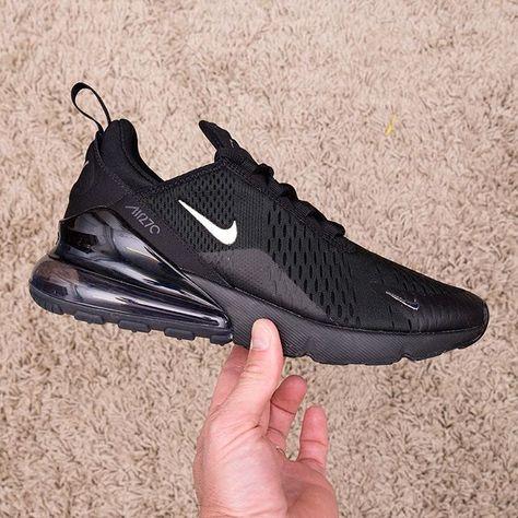 Footish Nike Air Max 270 Triple black is the best