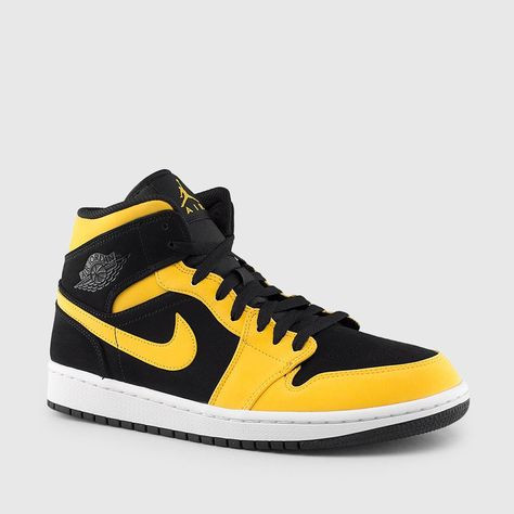 6034eb672392 Jordan - Men s Air Jordan 1 Mid (Black
