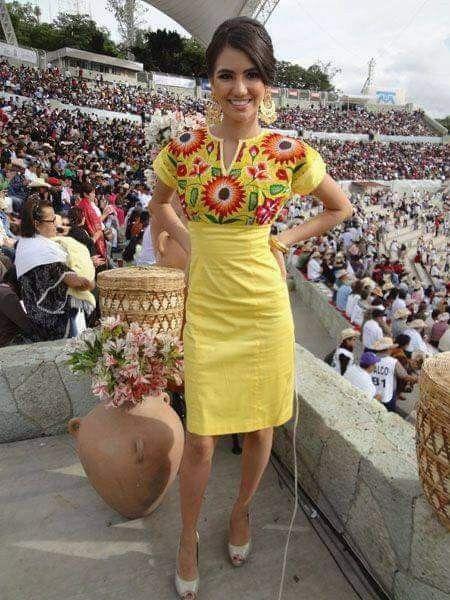 Pin De Gladys Paulino En Amarillo En 2019 Vestido